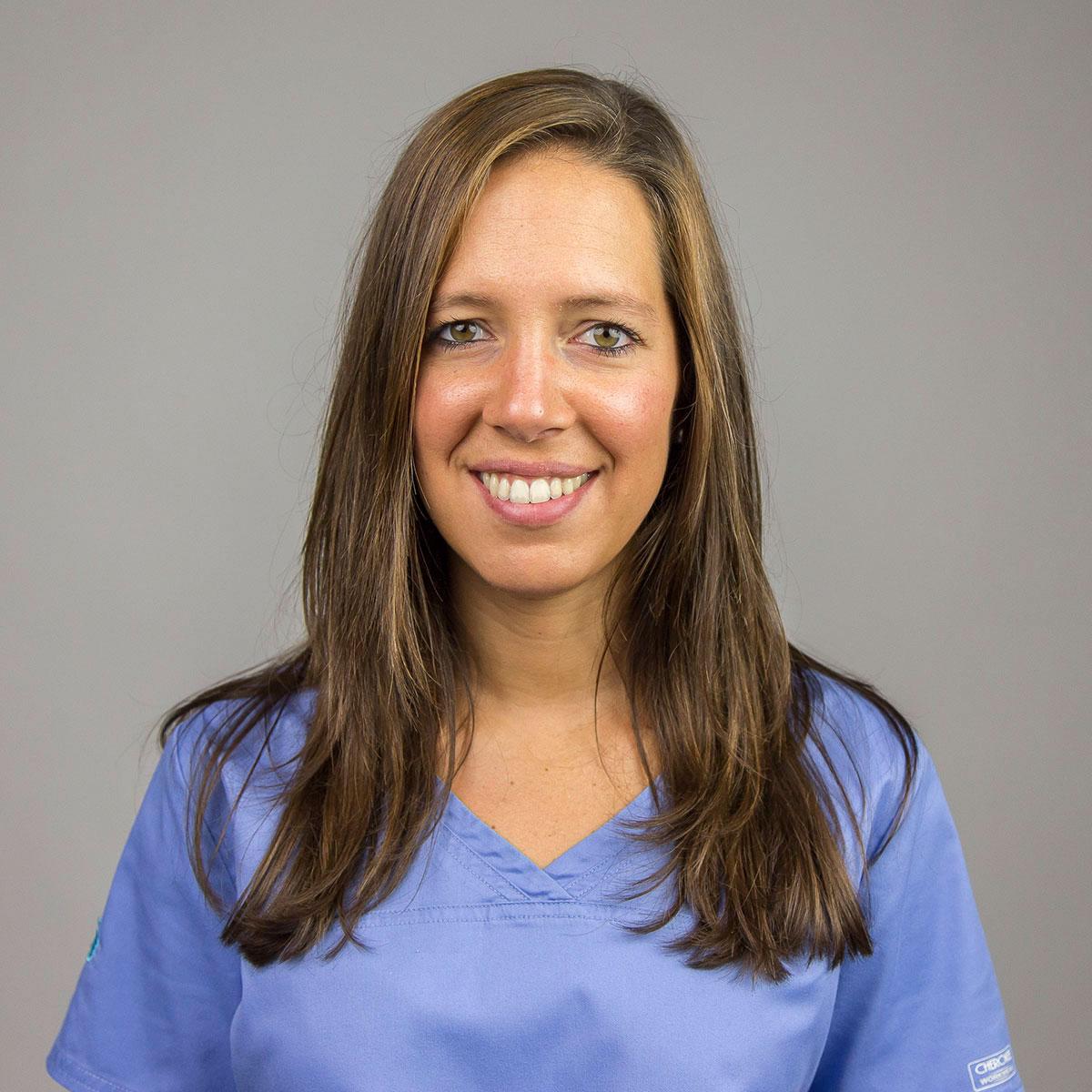 MONTSE ROBIRÓ - Odontologia general - Odontopediatra